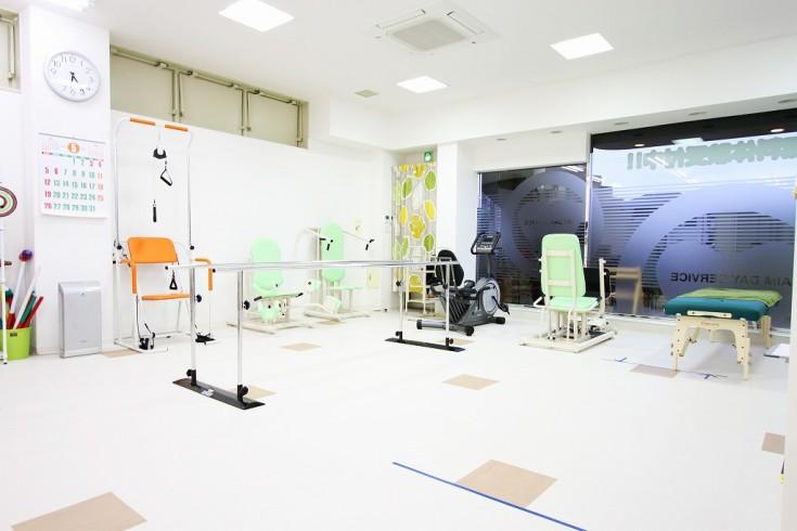 えいむデイサービス宝塚 機能訓練型 (1)